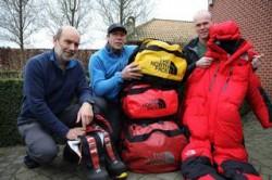 Urbain, Rudi en Ludo klaar voor de Mount Everest