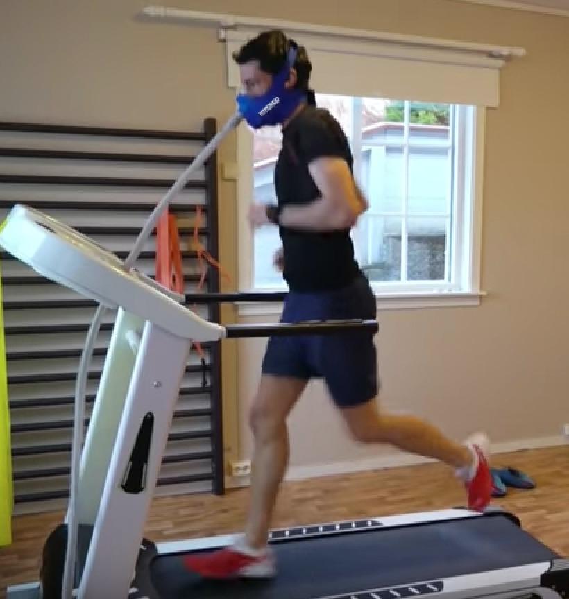 Kilian Jornet Training Acclimitize